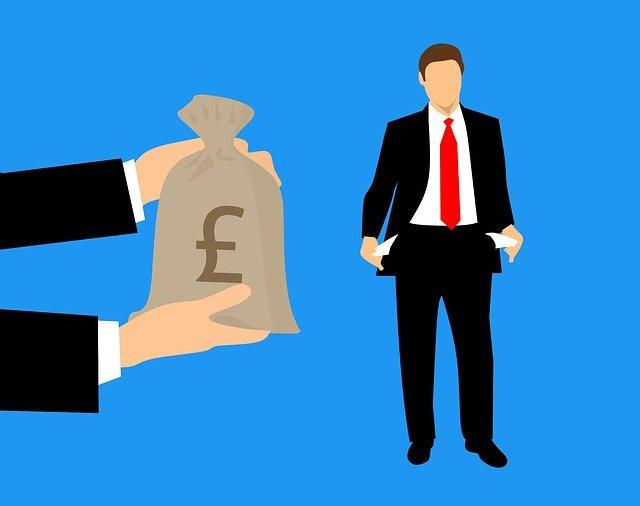 Dostávám mzdu nebo plat?